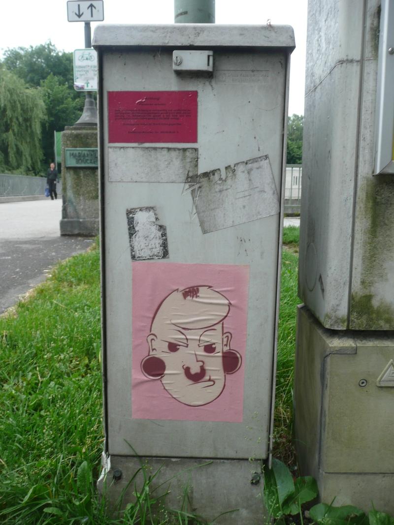 vaa - very ape art - mit Nasenring