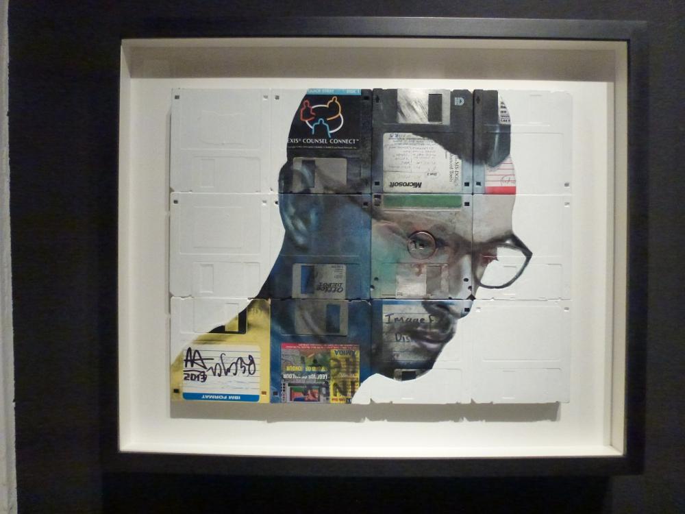 Nick Gentry - Heat, Öl und gebrauchte Disketten auf Holz - 28 x 36 cm - 2013