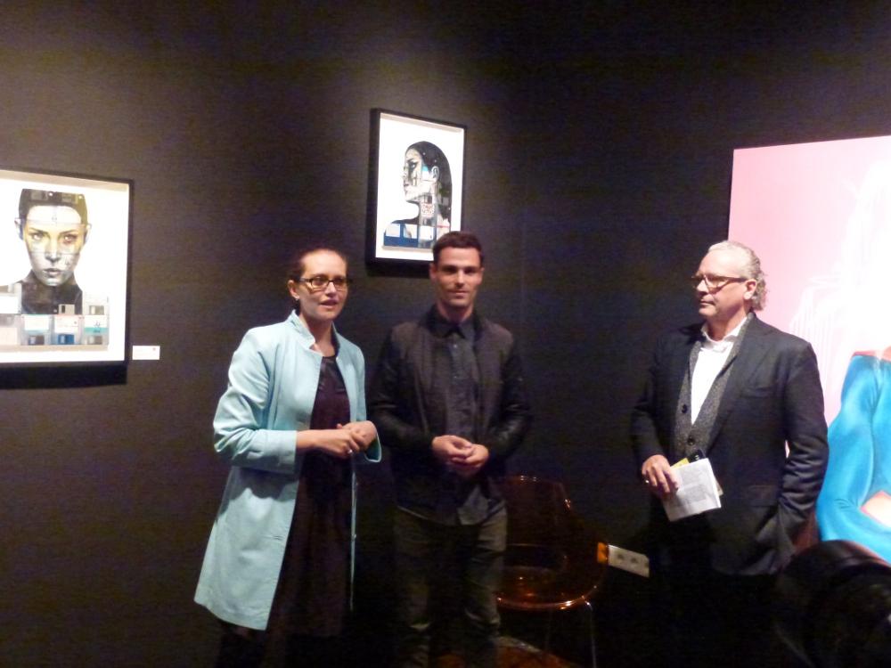 Galerie-Besitzerin Geraldine Porkay, Künstler Nick Gentry und der Kunsthistoriker Dr. Rolf Lauter