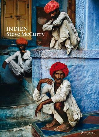 McCurry | Indien | Dieser großformatige Bildband mit 96 seiner schönsten und beeindruckendsten Aufnahmen wird ergänzt durch einen einleitenden Essay des Autors und Indienkenners William Dalrymple.