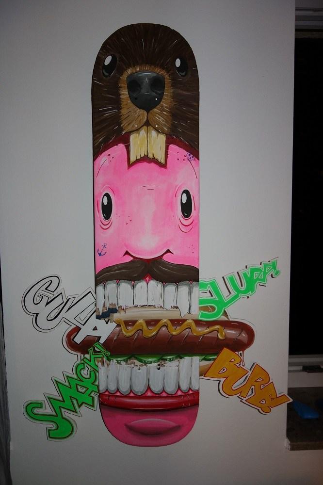Hot-Dog-Eater | ca. 90cm x 21 cm | Acryl auf Skateboard und Pressspan | 2018
